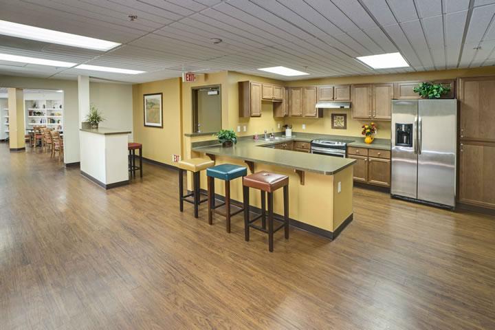 Huntington Plaza | Senior Living Interior Design
